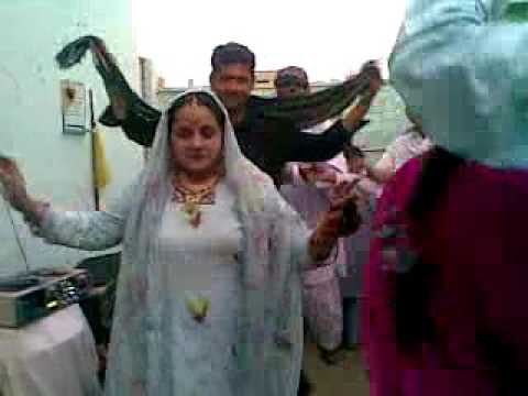 Sindhi Girl Dance Mujra