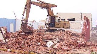 Agudos: começa demolição da creche que o teto desabou no ano passado