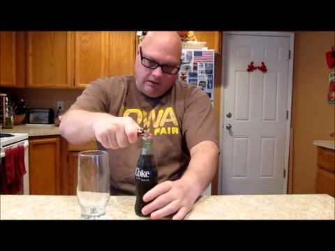 Miltä maistuu 33-vuotta vanha Cola?