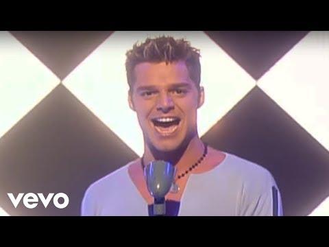 Ricky Martin - Livin' La Vida Loca (Live)