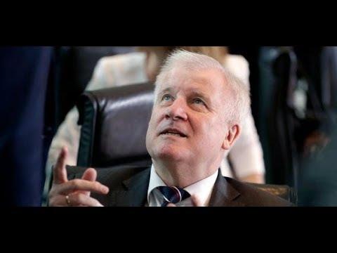 UMFRAGE-KATASTROPHE: Der Asylstreit hinterlässt einen S ...