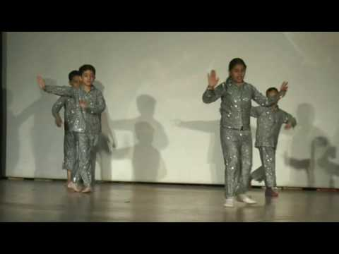 Video Dance Performance by Kids- Aasman K Chat pe by Students of Desire Institute download in MP3, 3GP, MP4, WEBM, AVI, FLV January 2017