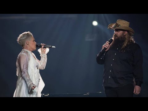 "Pink And Chris Stapleton- ""Love Me Anyway"" (LIVE) Madison Square Garden"
