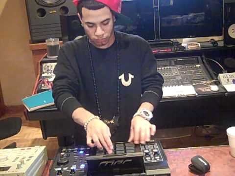 AraabMUZIK MVP OF THE MPC VOL. ONE (2011)
