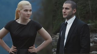Abigail Breslin and Wes Bentley Have a Lesson in Killing in 'Final Girl'