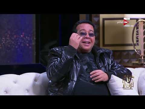 أحمد آدم يقلد الرئيس التركي على الهواء