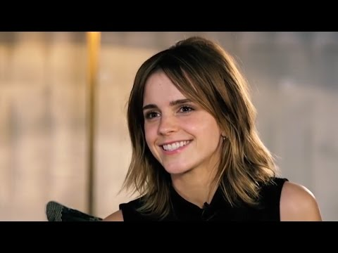 Emma Watson Reveals Why She Doesn't Share Her Personal Life & Explains Why Social Media Worries Her (видео)