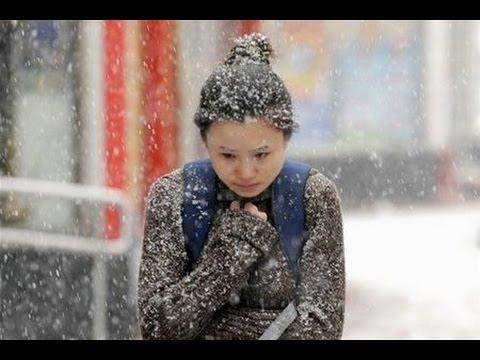 Смотреть онлайн: Аномальная погода установилась в Китае