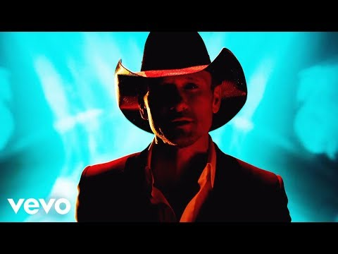 Tim - Download Now! http://smarturl.it/Tmthatgirl Music video by Tim McGraw performing Lookin' For That Girl. (C) 2014 McGraw Music, LLC.