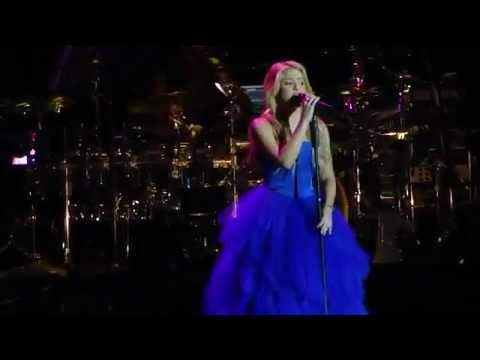 Shakira - Je l'aime à mourir / La Quiero a morir (Live from Paris) (видео)