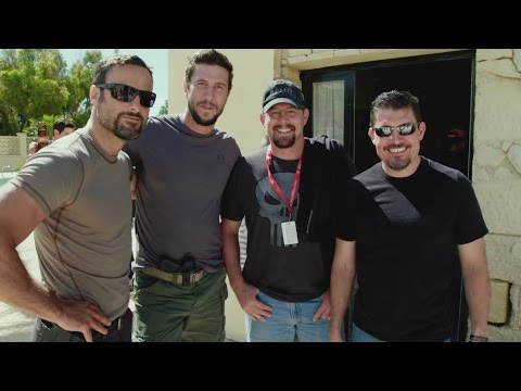 13 Hours: The Secret Soldiers of Benghazi (Featurette 'Tanto & Pablo')