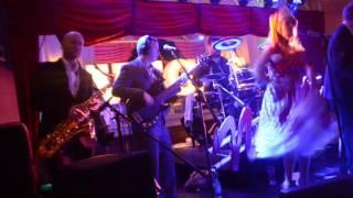 Download Lagu Vegas Nights Footloose Mp3