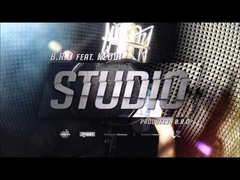 Tekst piosenki B.R.O - Studio po polsku
