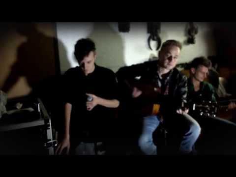 Tekst piosenki Coria - Iris po polsku