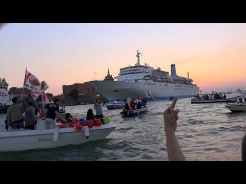 Venecia declara la guerra a los cruceros