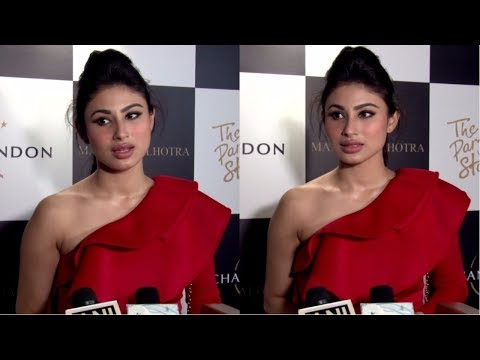Mouni Roy At Launch Of Manish Malhotra X Chandon Limited Edition End Of Year 2017 Bottles