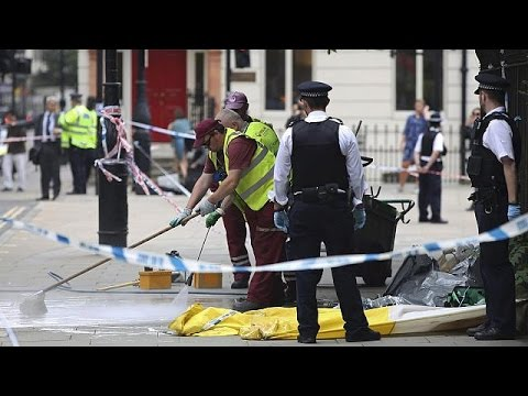 Βρετανία: Για ανθρωποκτονία συνελήφθη 19χρονος μετά τη δολοφονική επίθεση με μαχαίρι
