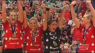 Die Volleyballdamen vom Dresdner SC sind zum dritten Mal in Folge Deutscher Meister! Im alles entscheidenden fünften Finalspiel gegen MTV Stuttgart siegten die Dresdnerinnen mit 3:0. Vor 3.000 Zuschauern in der restlos ausverkauften Arena wurde anschließend die Meisterschaft ausgiebig gefeiert.