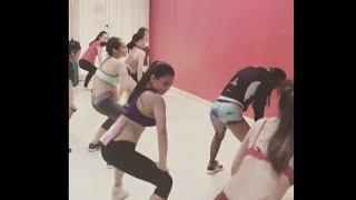 Intip Sexy Nya Dancer Lagi Latihan Koreo HOTIntip Sexy Nya Dancer Lagi Latihan Koreo HOTJangan Lupa Like, Komentar & SUBSCRIBE !!!