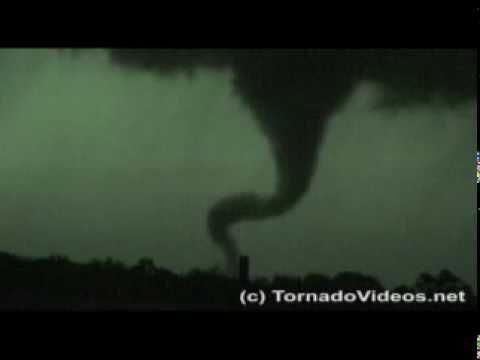 INCREDIBLE tornado video from NE Oklahoma! May 1, 2008