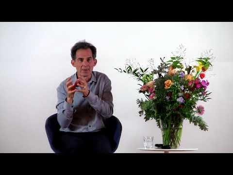 Rupert Spira Video: Time Comes Into Existence Through the Limitations of the Mind