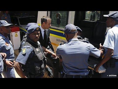 Νότια Αφρική: Στο σπίτι θα εκτίσει την ποινή του ο Πιστόριους