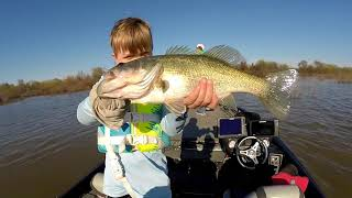 Video Lake Fork - Bass fishing during the spawn (2018) MP3, 3GP, MP4, WEBM, AVI, FLV Januari 2019