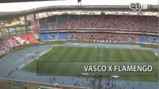 Jogo tem lances emocionantes e tensão - houve três expulsões. Vascaínos vibram, apesar de time não ganhar penta. R10 dá sinais de que fica no Flamengo.