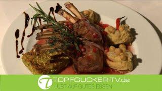 Lammkarree | Granatapfel-Chili Sauce | Schafskäse in Pistazienkruste | Kichererbsenpüree