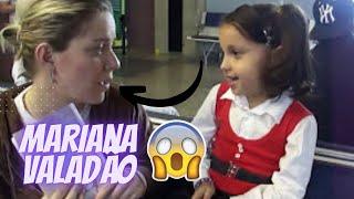 Milena E Mariana Valadão No Aeroporto Curitiba PR