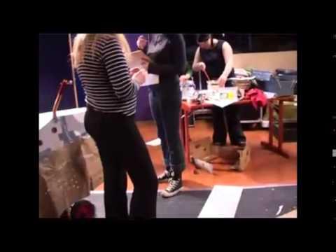 Teaterprojekt bakom kulisserna i Pajala 2003
