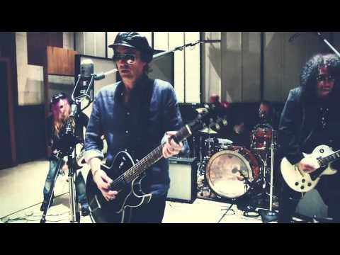 Izzy Stradlin - Baby Rann lyrics