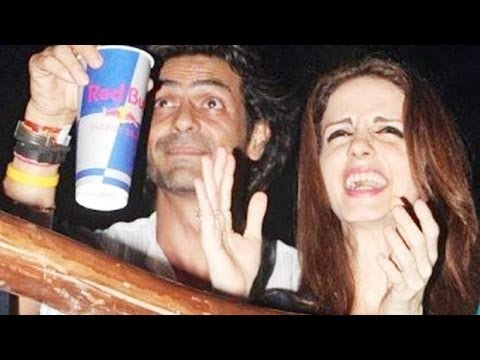 Suzzane Khan partying after split with Hrithik Ros