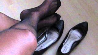 Hot Pumps And Nylons   Secretary Shoeplay