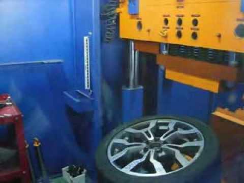 Тест на прочность колёсных дисков WSP Italy W565 Medea на удар спицы (Ауди)
