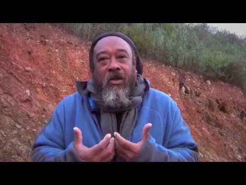 Mooji Moment: God Is Inside Here!