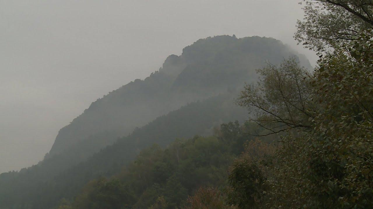 Je kopec Bořeň ze sádry, nebo ze znělce?