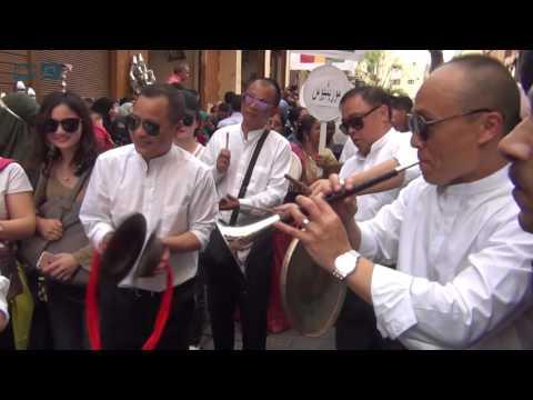 مصر العربية | طبول الصين تدوي بشارع المعز