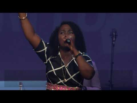 Onos Ariyo Ministering Live at The Discovery for Women Rally (2018)