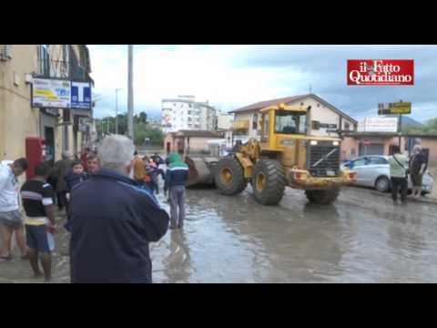 benevento: si comincia a spalare il fango causato dal maltempo