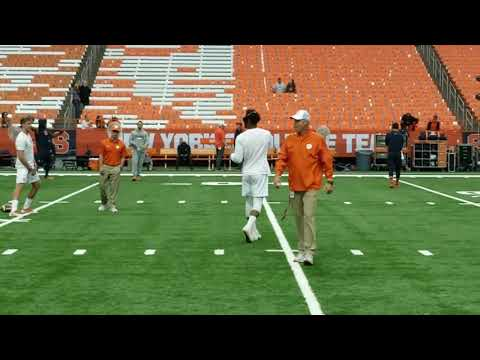 Kelly Bryant looking good in warm-ups