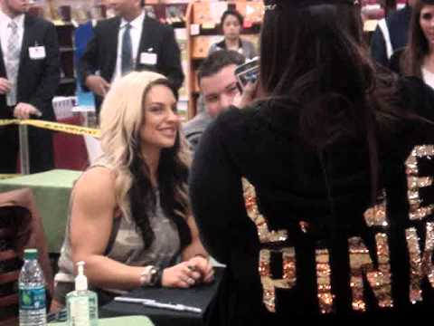 Fry's Store greet & meet in Houston with WWE Superstar Ryback & WWE Diva Kaitlyn! 01/14/13