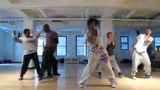 Download Lagu luam teaches Get On The Floor by Trish Mp3