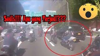 Video Sadis!!! Puluhan Geng Motor Mengejar Satu Mobil Tabrak Lari MP3, 3GP, MP4, WEBM, AVI, FLV Juni 2018