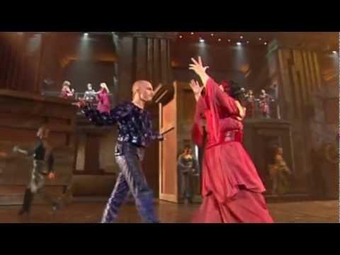Tekst piosenki Romeo et Juliette - Les beaux, les laids po polsku