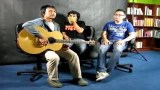 Video Efek Rumah Kaca - Cinta Melulu - Live @ MalaysiaKini [ERK] MP3, 3GP, MP4, WEBM, AVI, FLV Agustus 2018