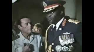Entebbe Uganda  city pictures gallery : Idi Amin visits the hostages at Entebbe Airport, Uganda, 1976