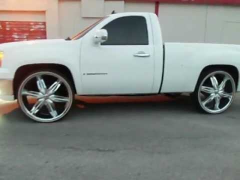 GMC Sierra On 28s