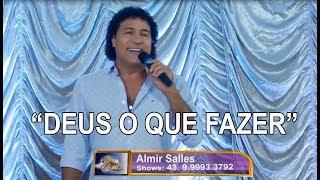 Almir Salles canta