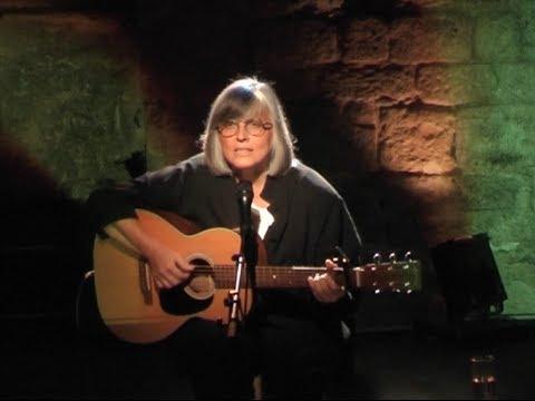 Isabelle Mayereau - L'enfance